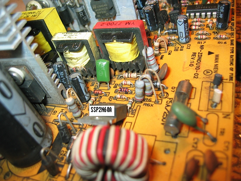 Switching Power Supply model: LP-6100B (spalony)
