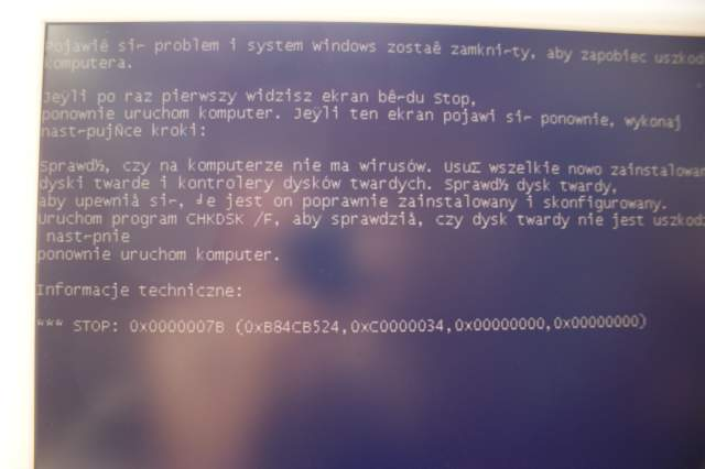 [ROZWI�ZANY] Windows XP Pro SP3 - BSOD 0x0000007B