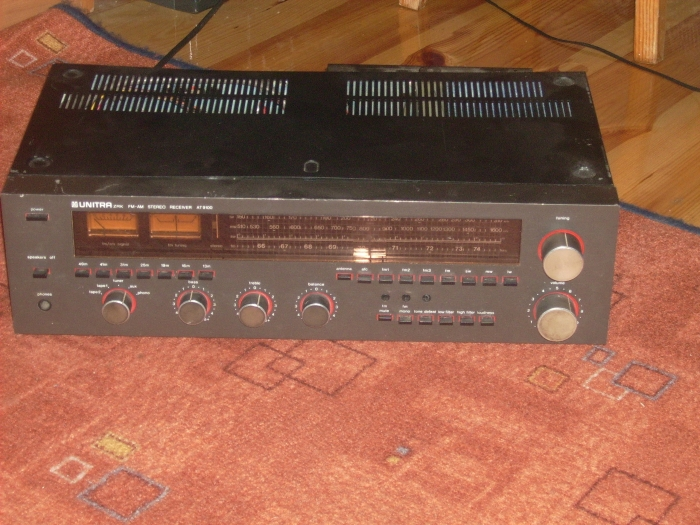 UNITRA FM-AM STEREO RECEIVER AT 9100.