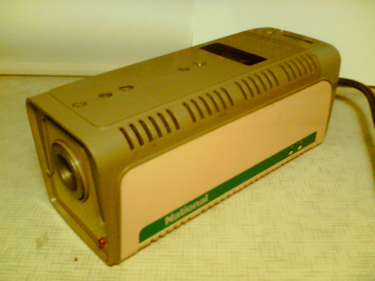 Kamera NATIONAL model WV-1000 E/C